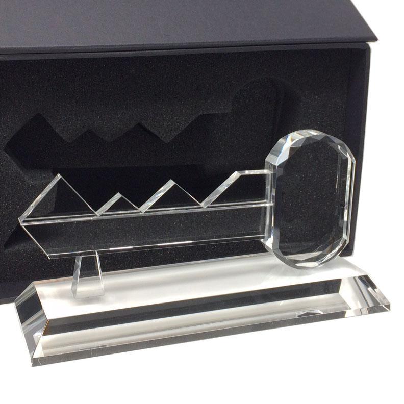 trophée en verre forme de clé