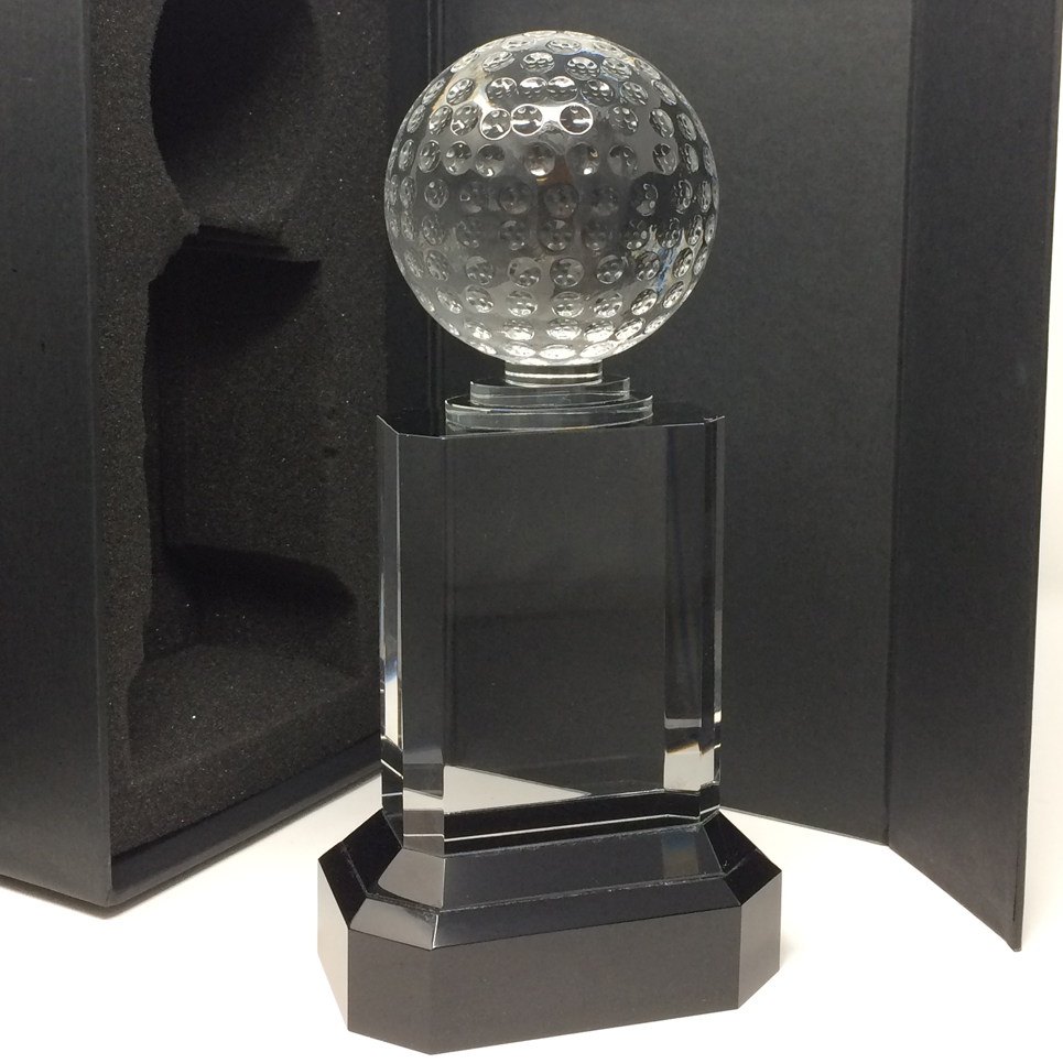 Trophée golf en verre personnalisable