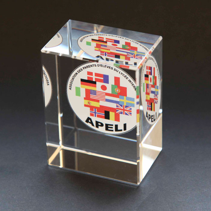 3D laser engraved crystal paperweight 8x6x4cm-colour