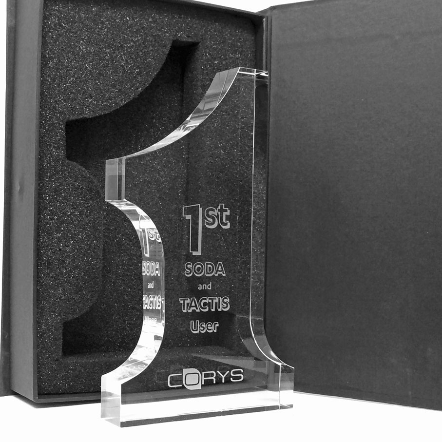Glass corporate award « Number 1 » 20cm